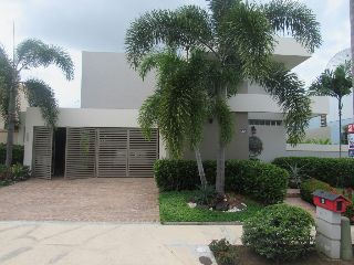 URB. MONTECLARO-FABULOUS HOME! OPTIONED! Real Estate, Puerto Rico